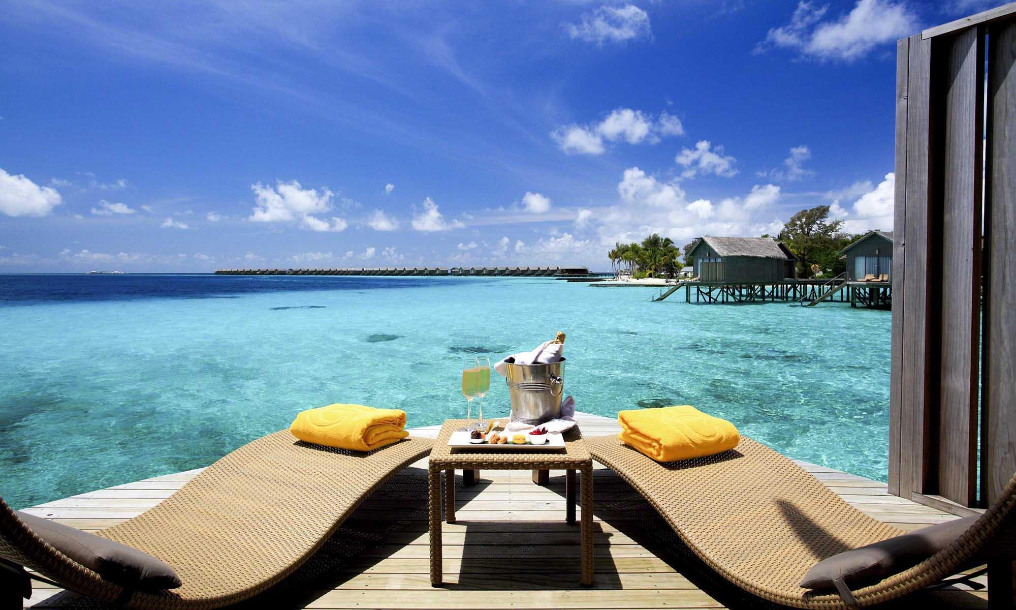 Maldives Honeymoon at Centara Ras Fushi