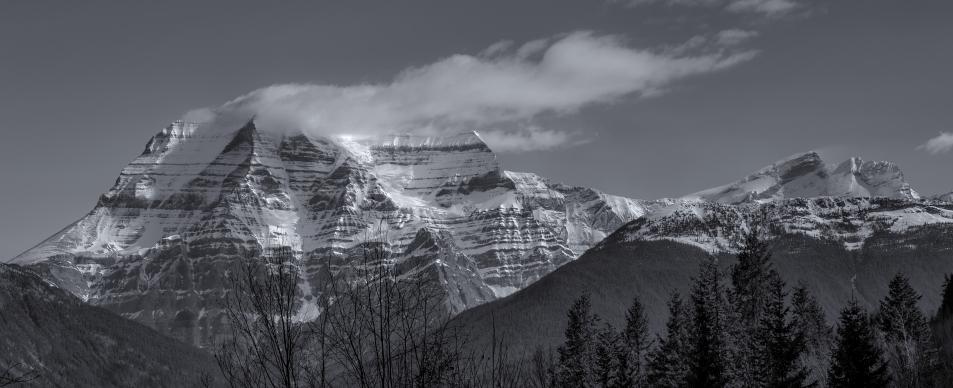 Mount Robson B&W_0