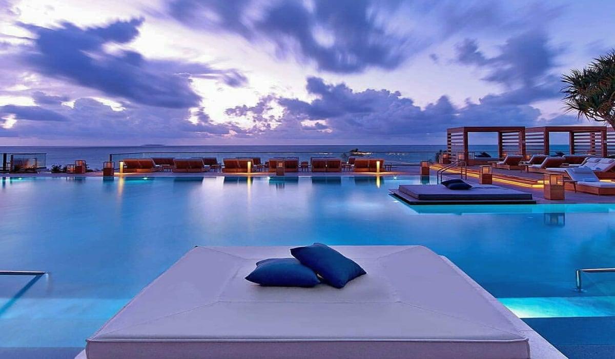 Pool Sky