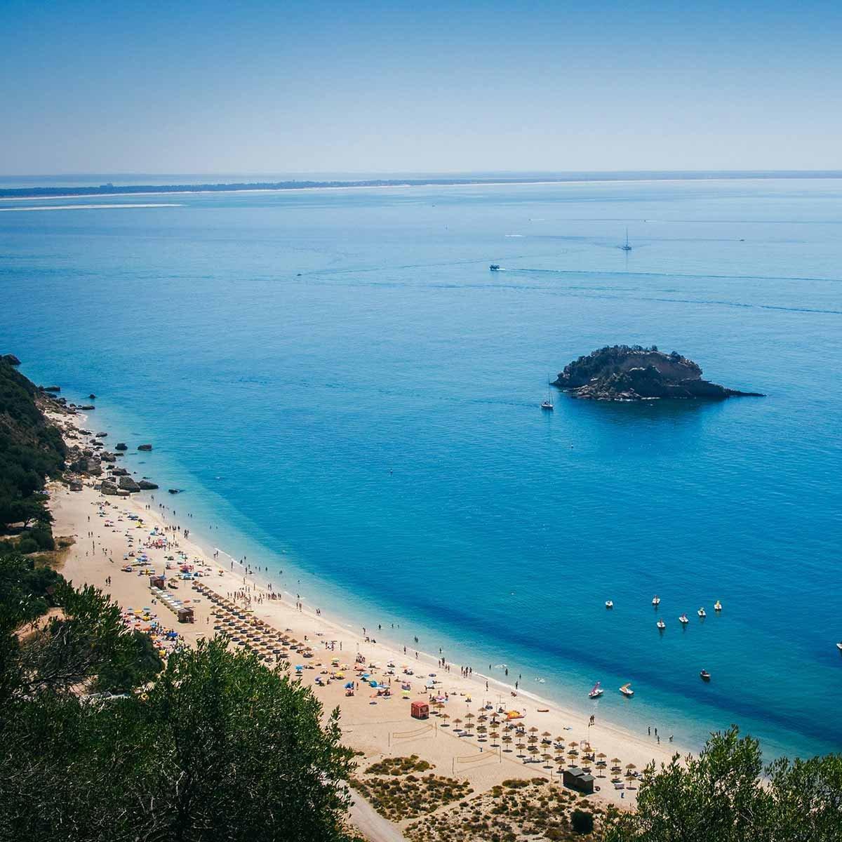 globus-portugal-beach-1200