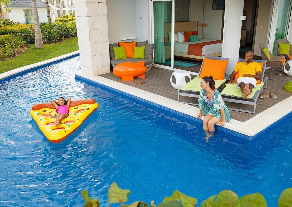 The Swim Up Suite