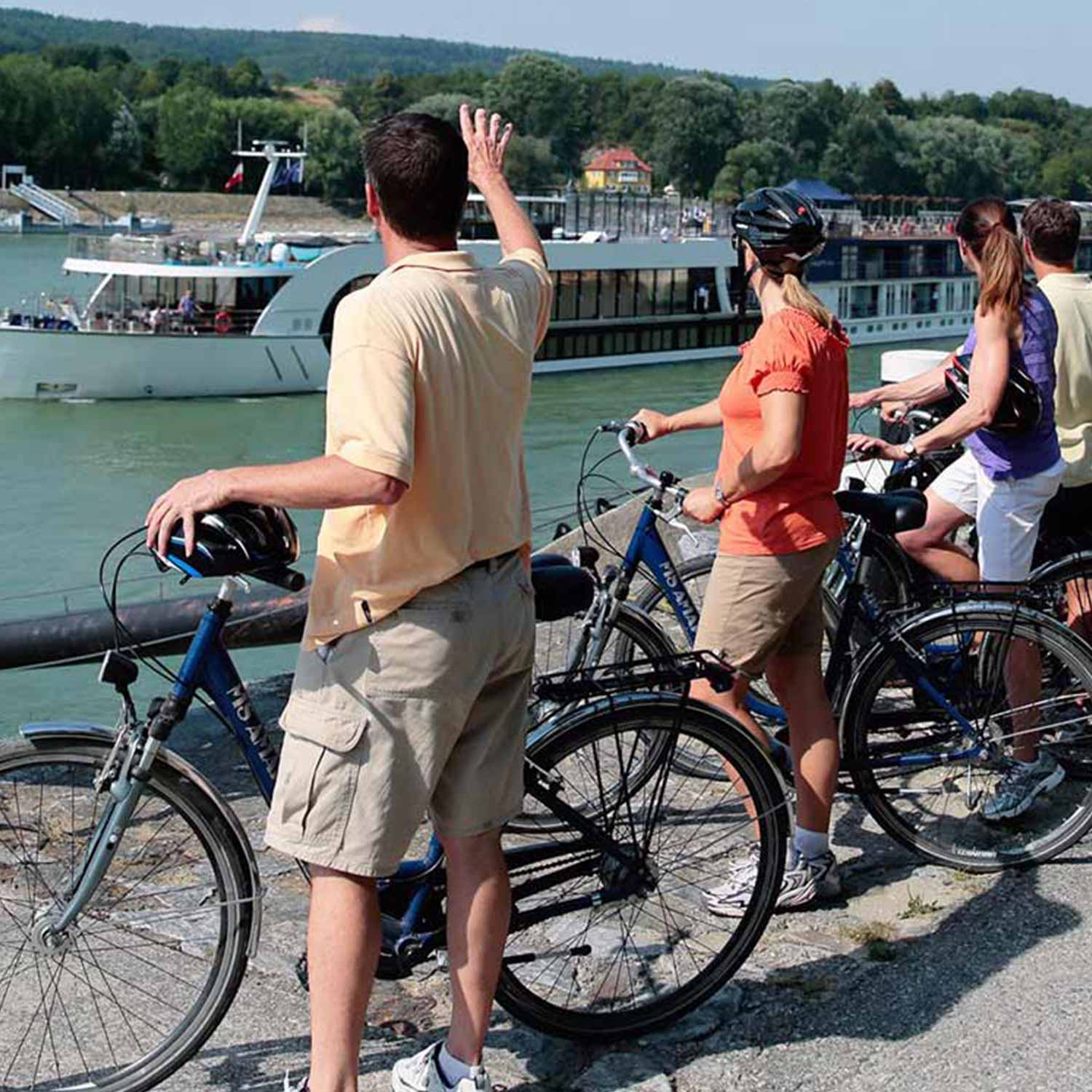 amawaterways-amamagna-bike-1500