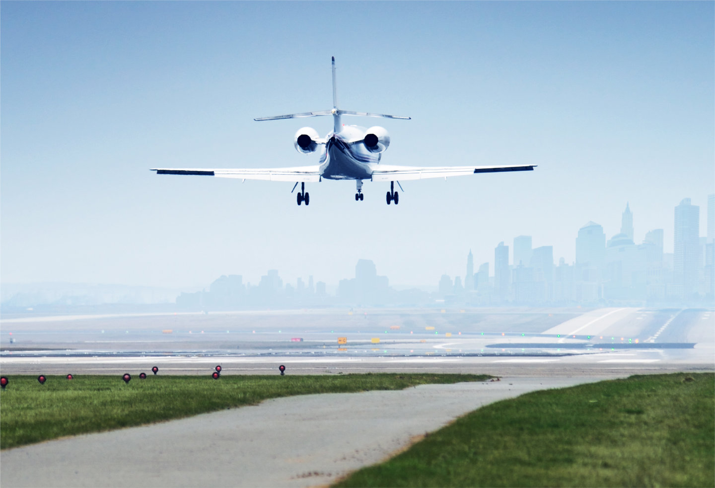 How Much Does It Cost To Charter A Private Jet?