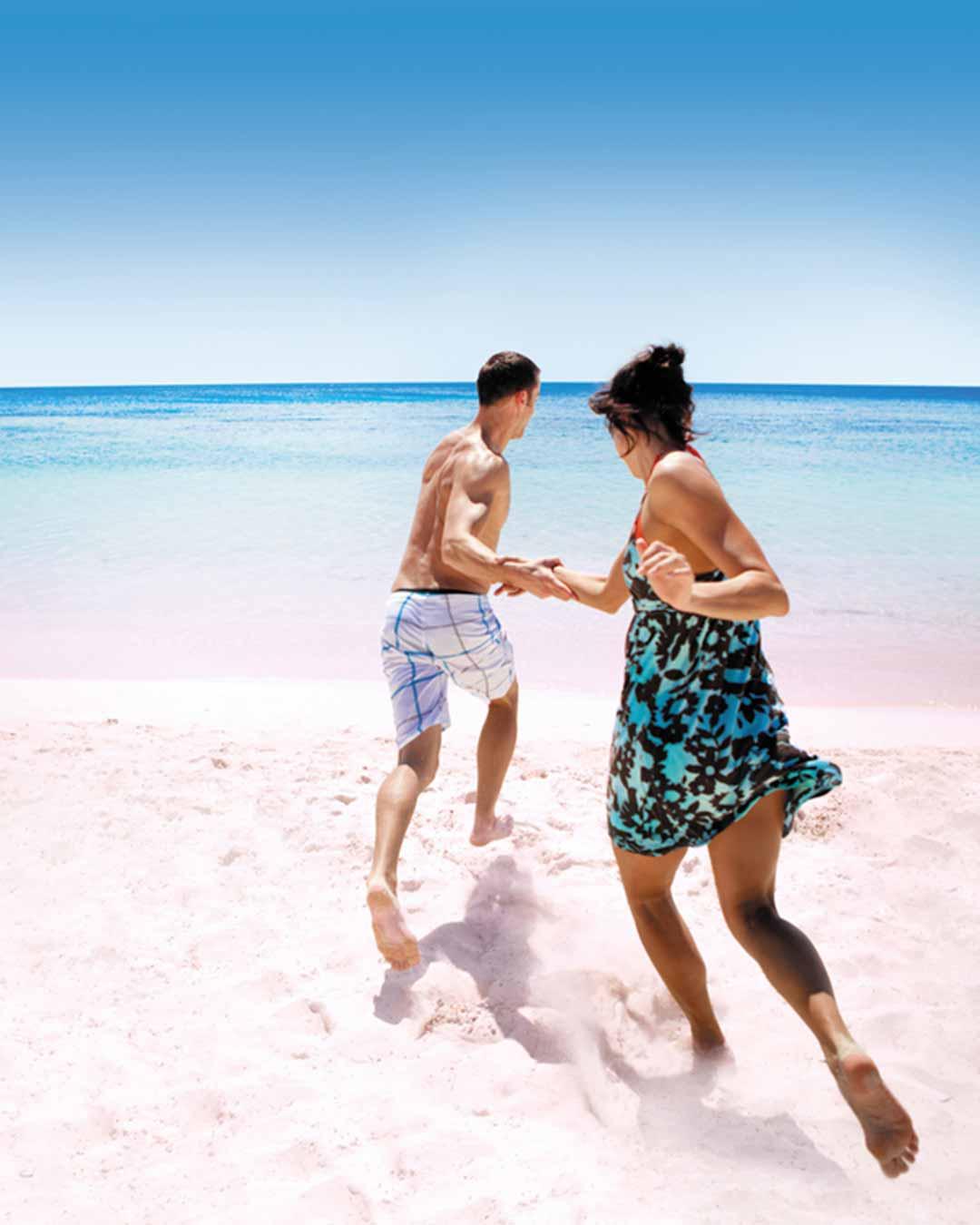 ncl-couple_beach-1080x1350