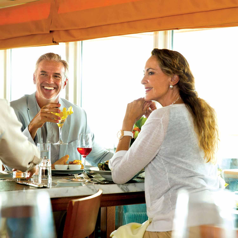 seabourn-cruises-couple-bar-1500