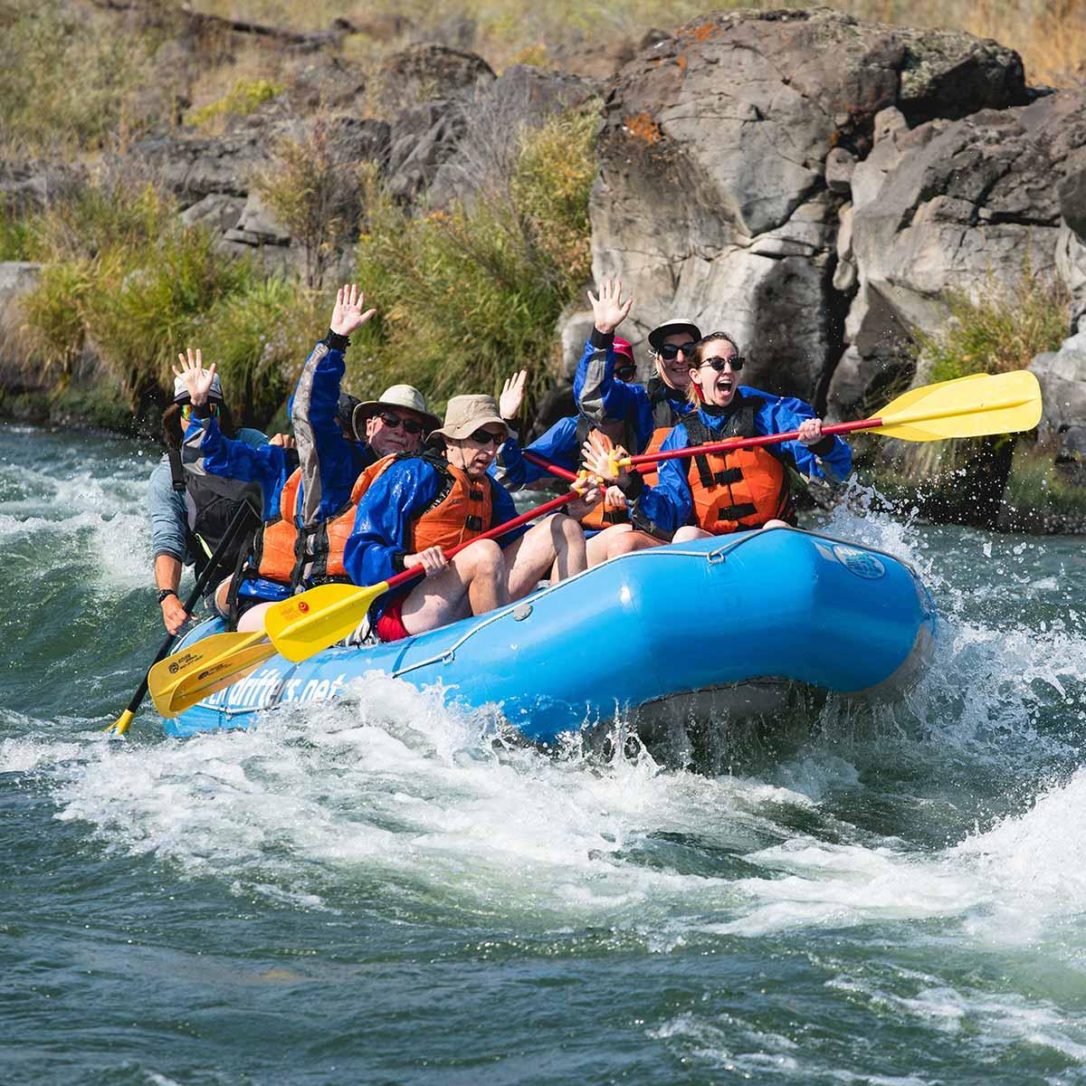 uncruise-rafting-1200